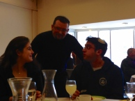Alex Draimann (Germany) talking with Molly and Hillel (US), source: Shana Zionts